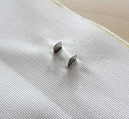 Szycie torby - tutorial - mocowanie zapięcia magnetycznego