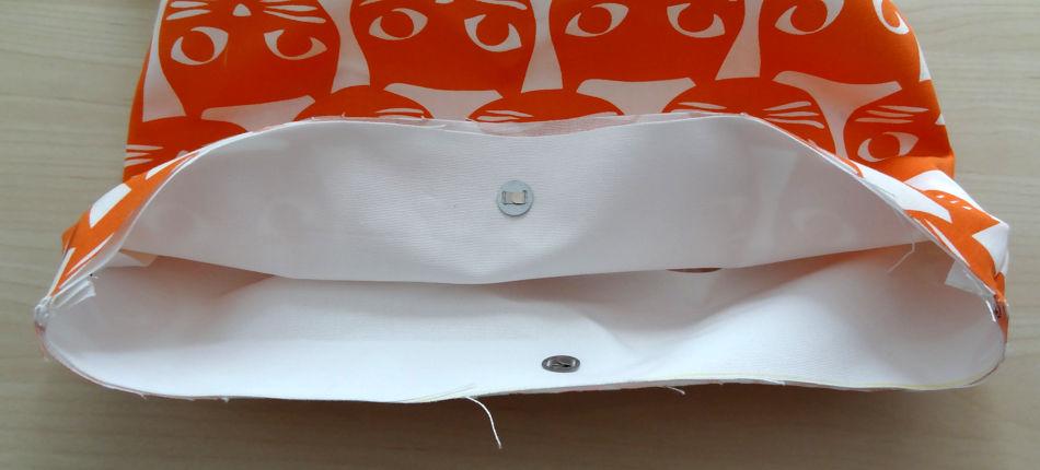 Szycie torby - tutorial - ułożenie plisy do torby